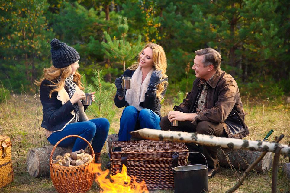 Певица Варвара сняла мужа и дочь в новом клипе
