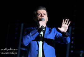 Глеб Матвейчук подарил публике «Волшебный бал зимы»!