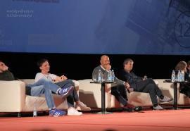 Лекция Фёдора Бондарчука и других создателей фильма «Притяжение» в преддверии премьеры