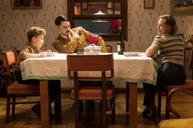 Человеческие эмоции сильнее режима. Рецензия на фильм-победитель кинофестиваля в Торонто «КРОЛИК ДЖОДЖО»