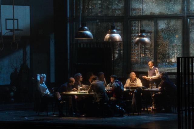 В Екатеринбурге состоялись первые гастроли спектакля «12» с участием Никиты Михалкова