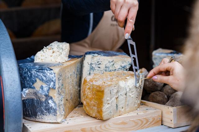 VII Фестиваль сыра на ВДНХ порадует гурманов пикантными новинками и призами