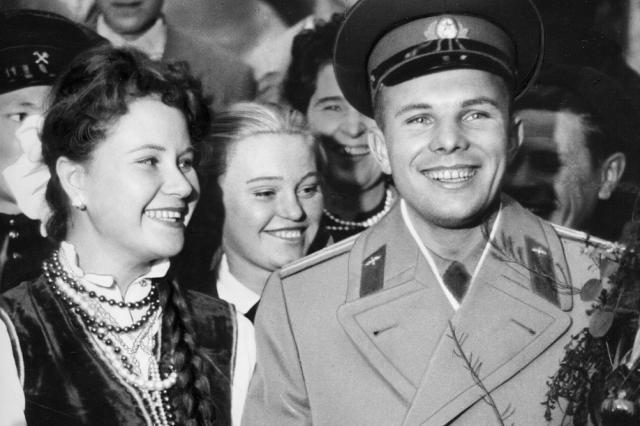 Неделя Гагарина в центре «Космонавтика и авиация» на ВДНХ