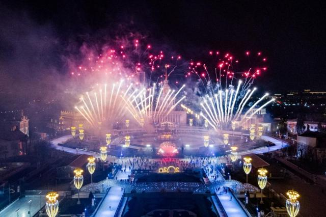 ВДНХ приглашает провести новогоднюю ночь вместе со звездами