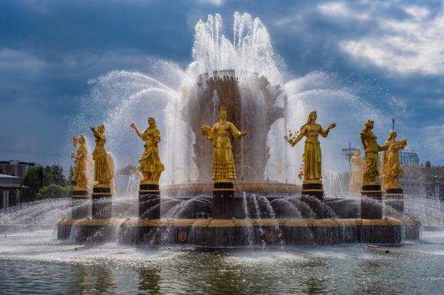 На ВДНХ завершился сезон работы фонтанов