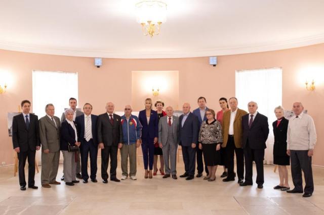 В Мосгордуме открылась выставка уникальных архивных фотографий ВДНХ