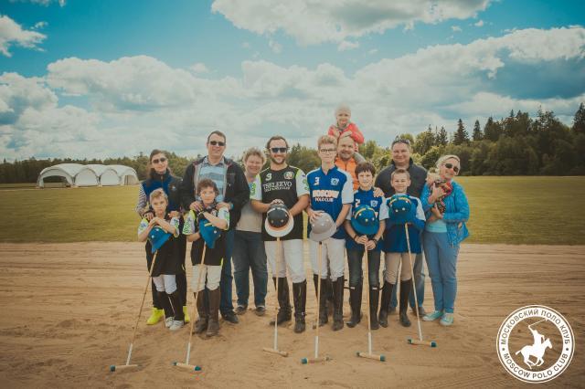 Triumph Polo Cup –  громкое открытие летнего сезона в «Московском Поло Клубе» совместно с проектом Travel Adventure