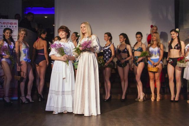 Наталья ДушеГрея&Elena Zhukova презентовали коллекцию купальников s/s2016 в рамках «Fashion Beauty Day»