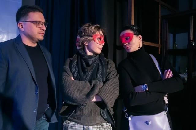 Яна Чурикова, Валерий Ярёменко, Анна Терехова на премьере спектакля «Дом 19|07. Начало»