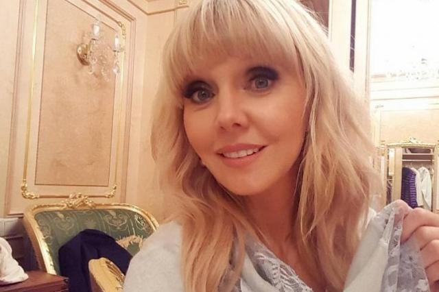 Певица Валерия представила собственный сервис по доставке еды