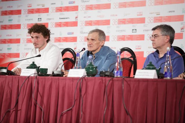 Отчет о пресс-конференции по фильму «Монах и бес»