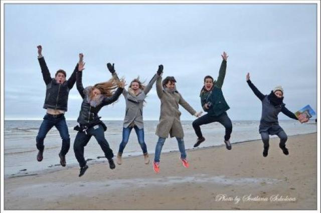 Актёры театра Певцова нырнули в Балтийское море