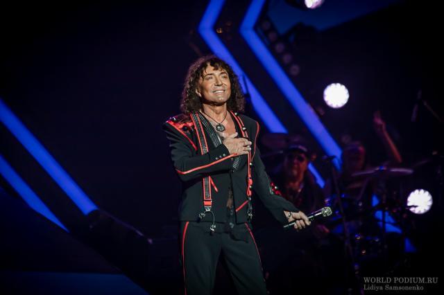 Валерий Леонтьев рассказал о съёмках сразу двух клипов на песни Алексея Гарнизова