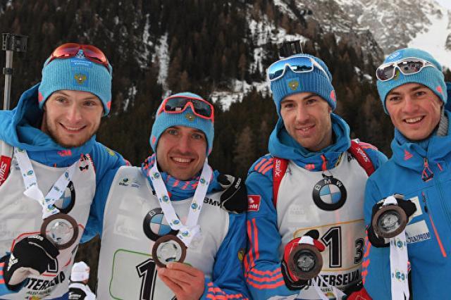 Мужская сборная России выиграла бронзу в эстафете на этапе КМ по биатлону
