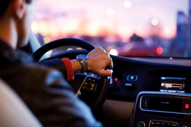 За отвлекающимися водителями станет следить искусственный интеллект
