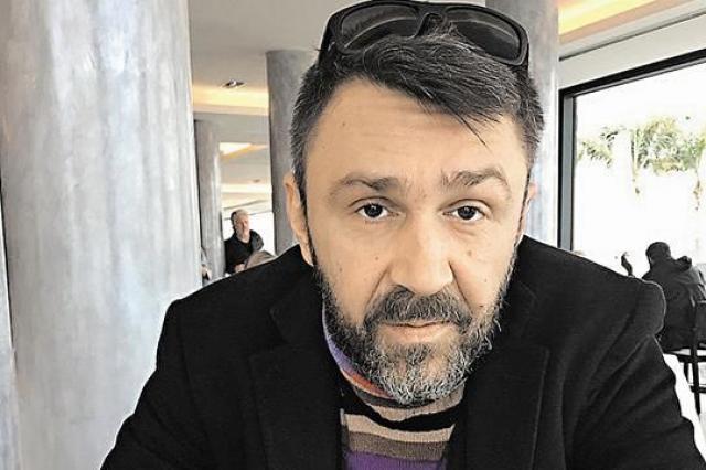 Сергей Шнуров пишет песню для детей