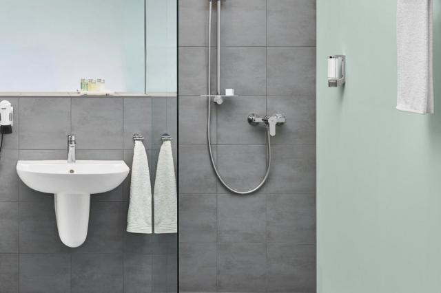 Душевые поддоны GROHE: идеальное сочетание и комплексное решение для современных ванных комнат