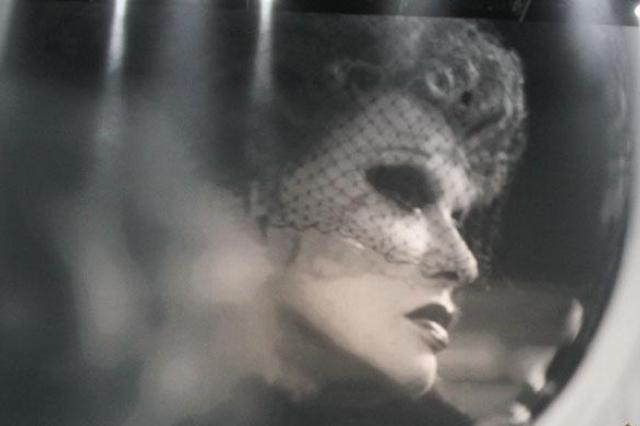 Нонна Гришаева и «Домисолька» в музыкальном спектакле «Людмила Гурченко. Негасимый свет»