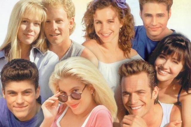 """Как изменились звезды """"Беверли-Хиллз 90210"""" за 25 лет с момента выхода сериала"""