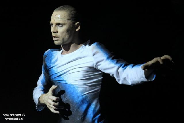 Премьера спектакля «Мелкий бес» в Театре Романа Виктюка