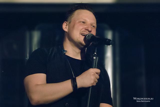 «С крыльями за плечами!» - концерт Михаила Бублика в бард-клубе «Гнездо глухаря»