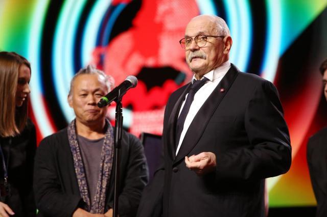 Церемония открытия 41-го Московского Международного кинофестиваля