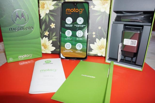 Moto G7 Plus – флагманский смартфон за разумную цену!