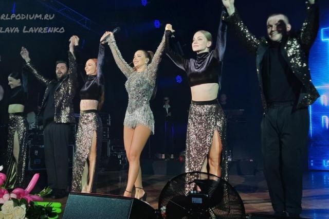 Ани Лорак выступила в Туле с концертной программой «The Best»