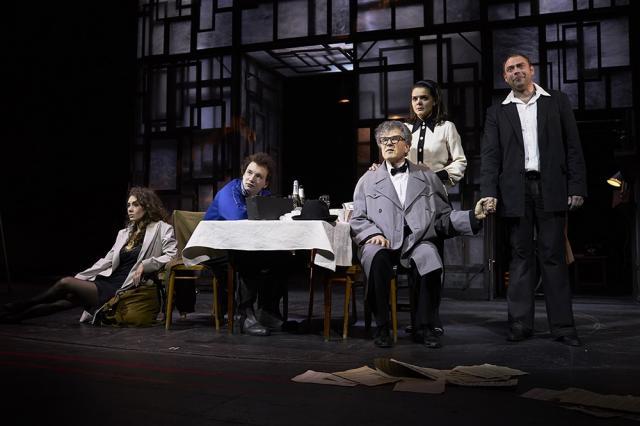 «Все люди - братья!»: пронзительный и трепетный «Старший сын» в Театре Маяковского