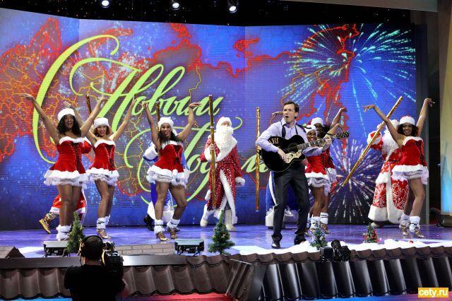Новый год на СТС: Египетский Мороз встретится с «Оливьедами»