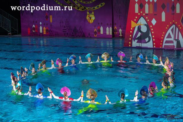 Новогодний спектакль на воде команды Марии Киселёвой «Сказка о царе Салтане»