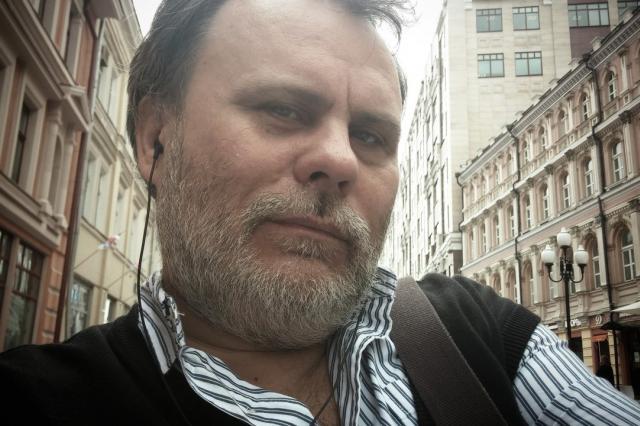 Интервью с режиссёром  Сергеем Усковым: «Спектакль  «Розовый самолёт» для меня –  желание поговорить со зрителем!»
