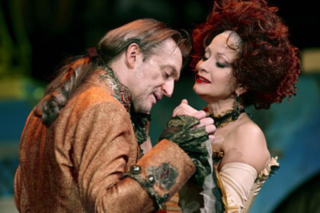 «Опасные связи» в театре Моссовета: «Страдают от любви те, кто больше всего её достоин…»