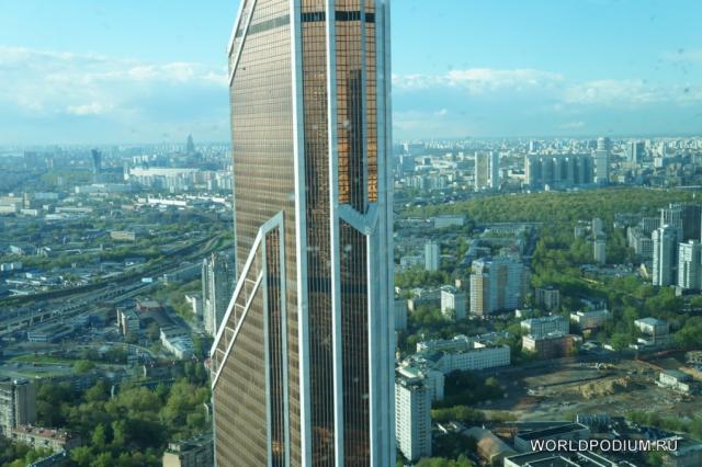 Смотровая площадка в башне «Империя» Москва-Сити: «Ближе к небу! Ближе к солнцу!»