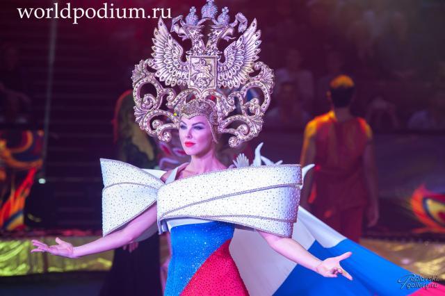 В Большом Московском цирке открылся юбилейный Всемирный фестиваль циркового искусства «Идол-2017»
