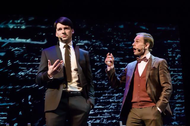 «Онегин» на сцене Театра Эстрады: «И жить торопится, и чувствовать спешит!»