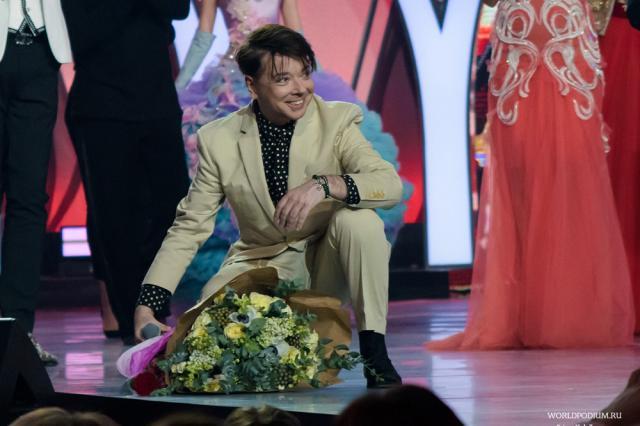 Ежегодное шоу Валентина Юдашкина в Кремле!