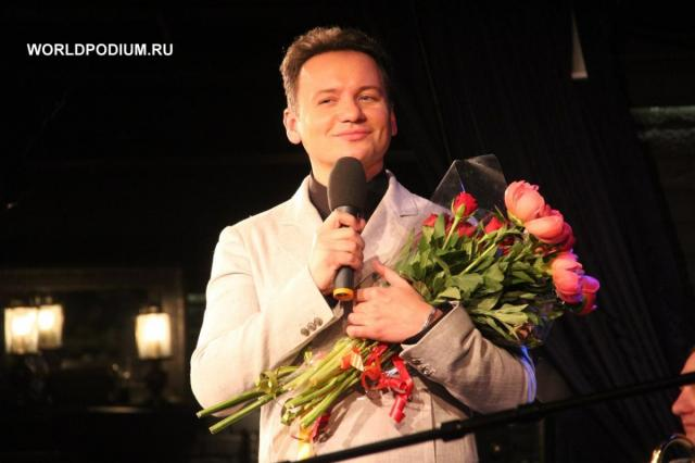 Александр Олешко «Селфи со зрителями на память»