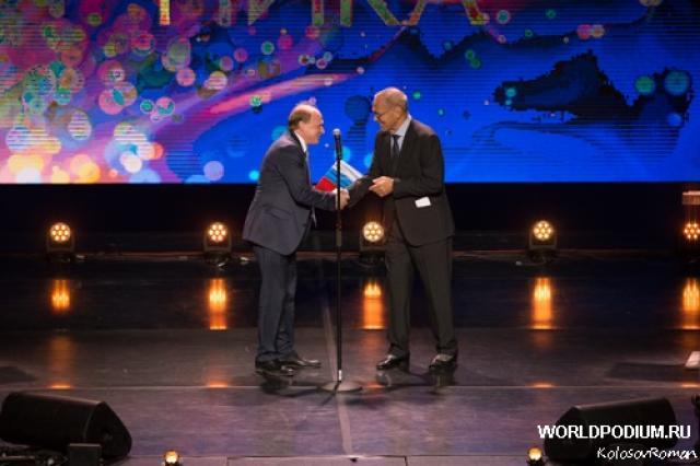 Победа махнула крылом! В Москве в 30 раз вручили премию «Ника»!