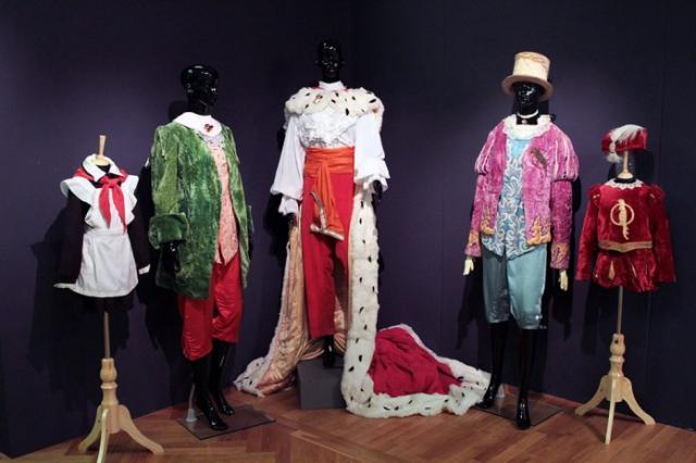 Киностудия имени Горького покажет сказочные костюмы звезд советского кино