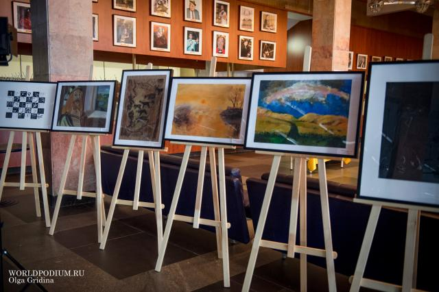 Выставка художественных творений «Домисольки»
