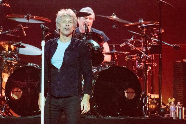 Рок-группа Bon Jovi выпустит новый альбом