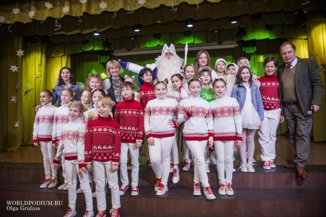Детский музыкальный театр «Домисолька» бодро и задорно шагает в Новый, юбилейный, год!
