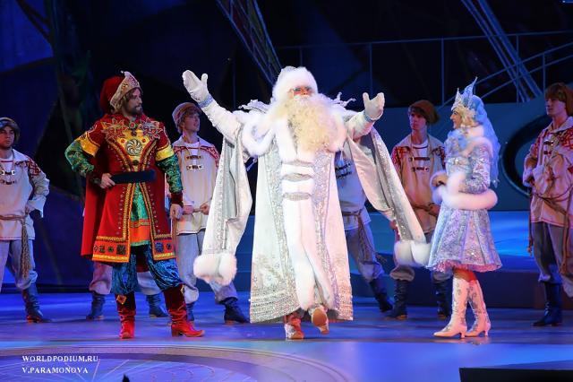 «Пятое время года, или Кто придумал Новый год»: Кремлёвскую Ёлку можно будет увидеть онлайн