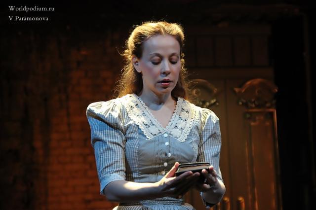 «Бовари» в Вахтанговском театре: «Вдруг и встретится счастье?..»