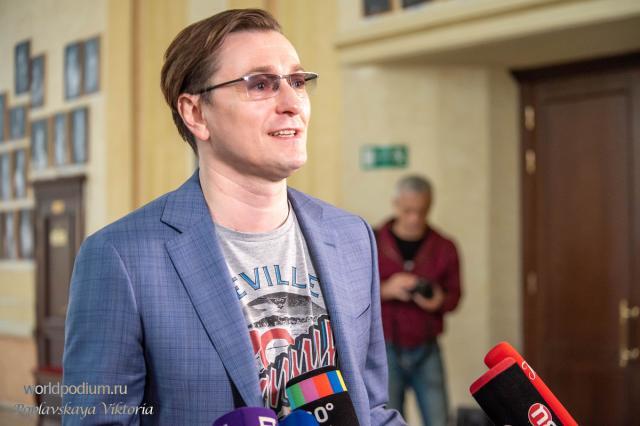 Сергей Безруков подарит голос роботу Сарика Андреасяна