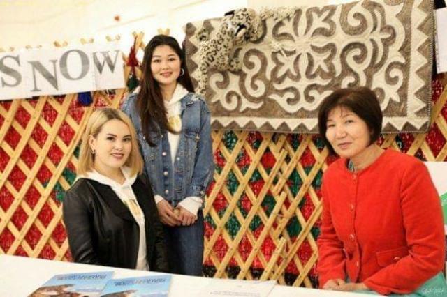 В городе Эль- Кувейт организован концерт фольклорно-этнографической группы из Кыргызстана