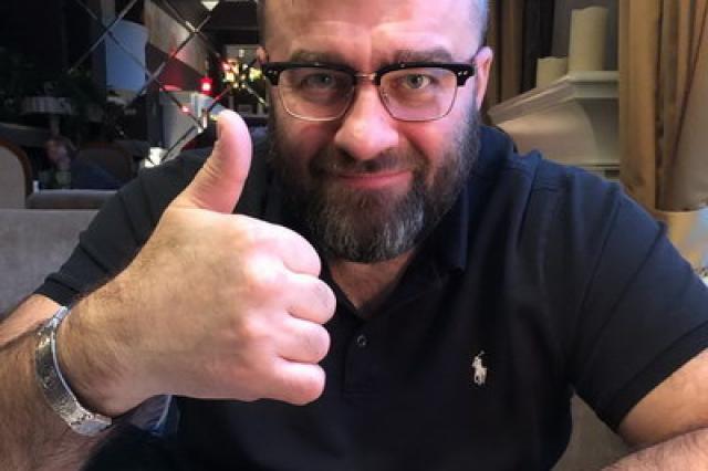 Михаила Пореченкова поздравит с днем рождения Первый канал