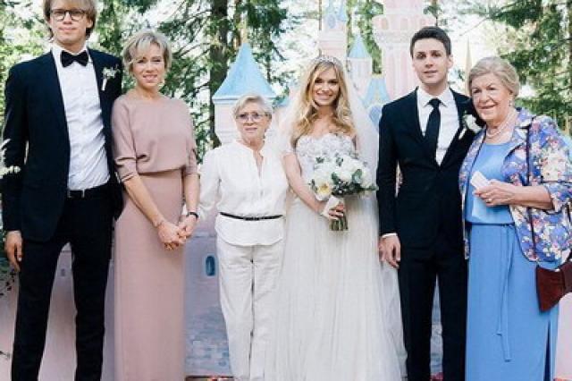 Алиса Фрейндлих стала дважды прабабушкой