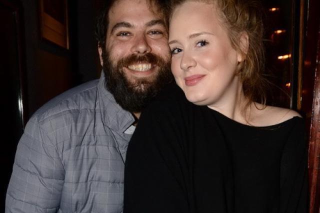 Адель разводится с мужем